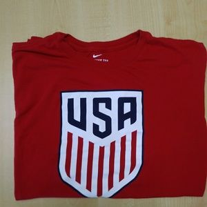 Nike USA Soccer Men's XL